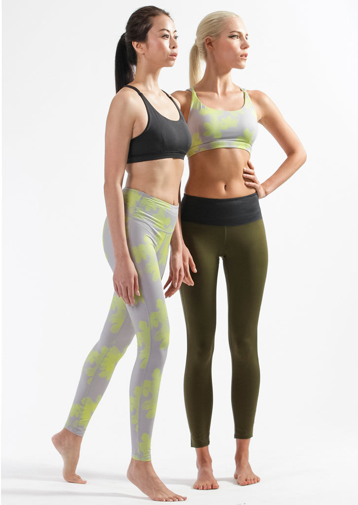 Kiss Mirror Sports Bra + Kiss Leggings Set