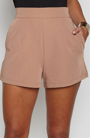 Right On Shorts - Tan