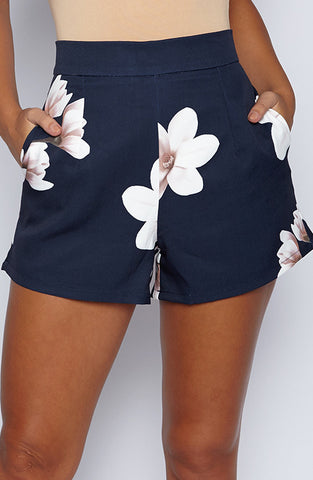 Right On Shorts - Navy/Print