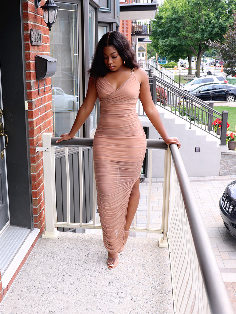 GOLD CHAIN Ruched Dress in Nude
