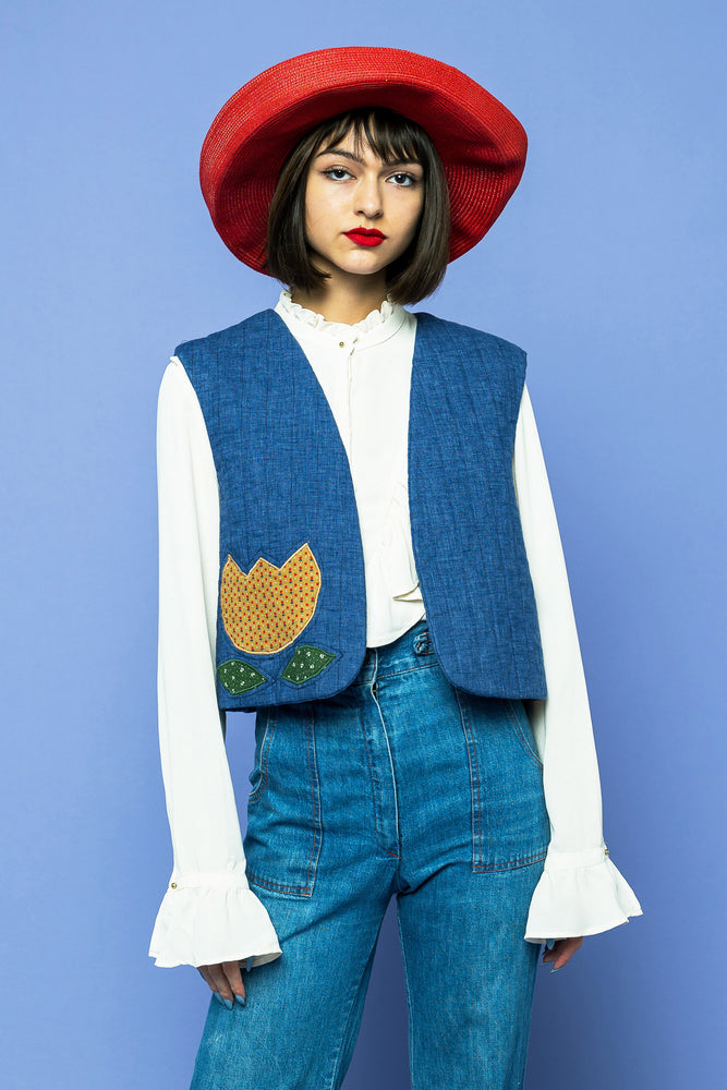 Load image into Gallery viewer, Vintage Trippin' Daisy Vest - Lovers Vintage