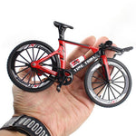 Load image into Gallery viewer, 1:10 Diecast Bike Model