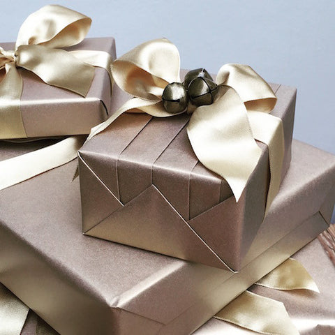London gift wrapping service jane means ltd based in london she has a hand picked qualified team of gift wrapping stylists who can transform your gifts into creative masterpieces negle Images