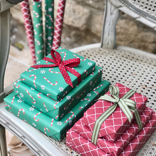 Reversible Green Candy Cane Gift Wrapping Set