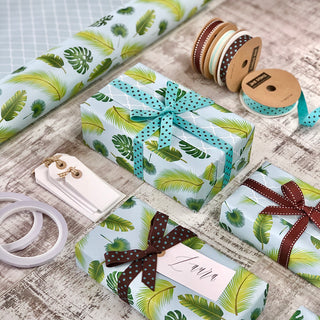 Reversible Tropical Leaves Gift Wrapping Set