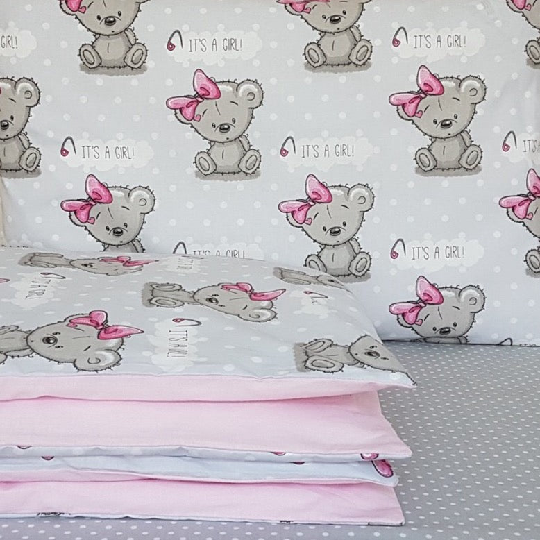 Cot Bedding Set - it's a girl