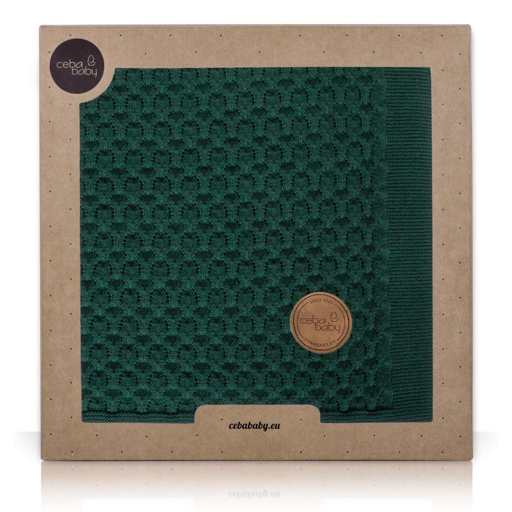 KNITTED BLANKET IN GIFT BOX - EMERALD WAVES