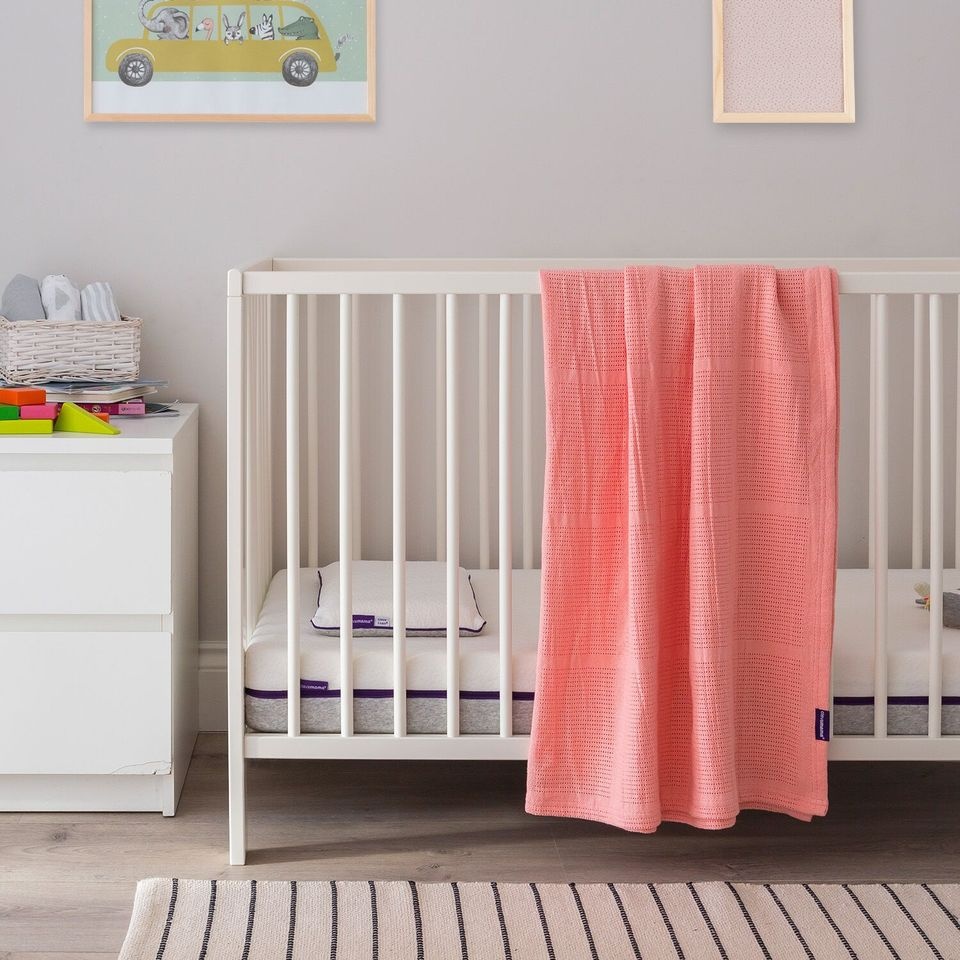 ClevaMama Cellular Blanket Cot/Cot-Bed - coral - Little Baby Shop -