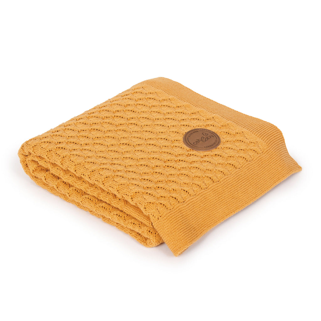 KNITTED BLANKET IN GIFT BOX - PERU WAVES