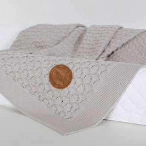 KNITTED BLANKET IN GIFT BOX - GREY WAVES, Little Baby Shop Ltd.