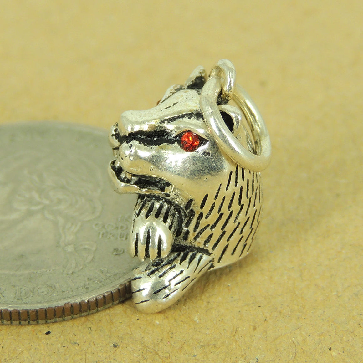 1PC Jungle Cat Pendant with Garnet Gemstone Eyes - S925 Sterling Silver WSP546X1