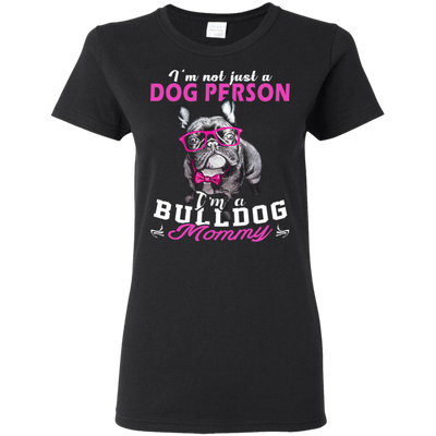 **Bulldog Mom**