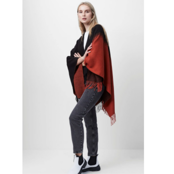 French Connection SABINA OMBRE FRINGE PONCHO SSPAA
