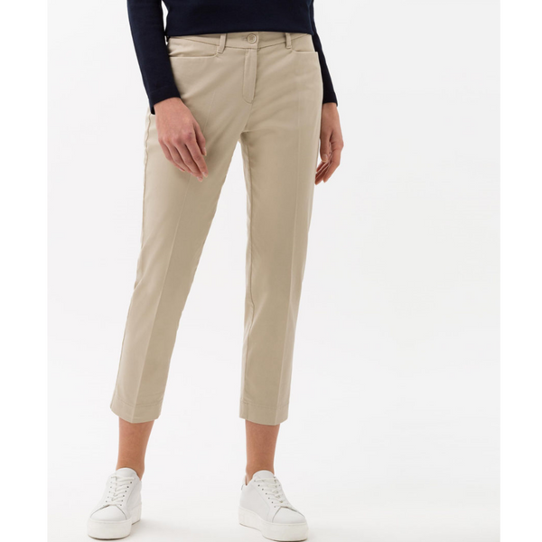 Brax Mara S Cropped City Trouser in Toffee 74-1557