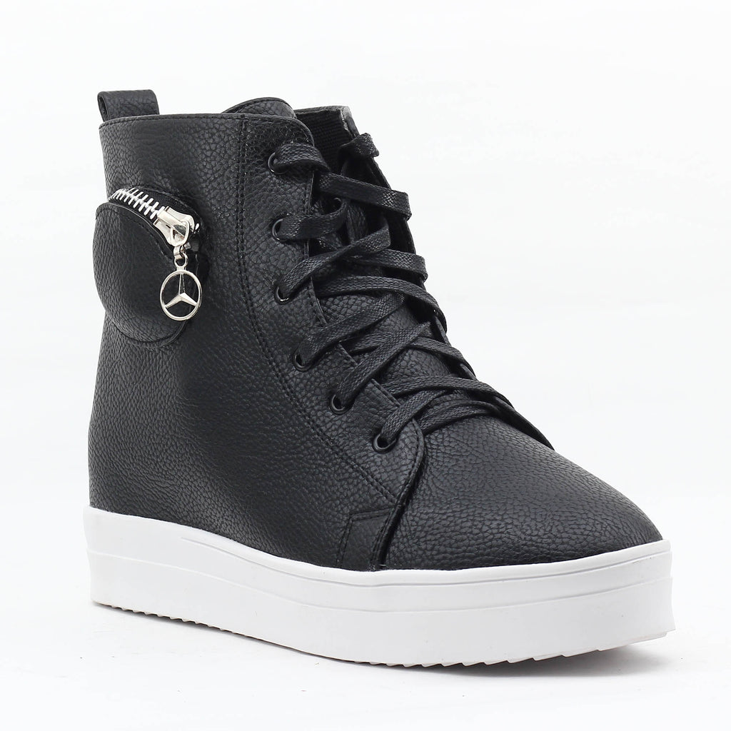 Black SB-276 Faux Leather Sneakers
