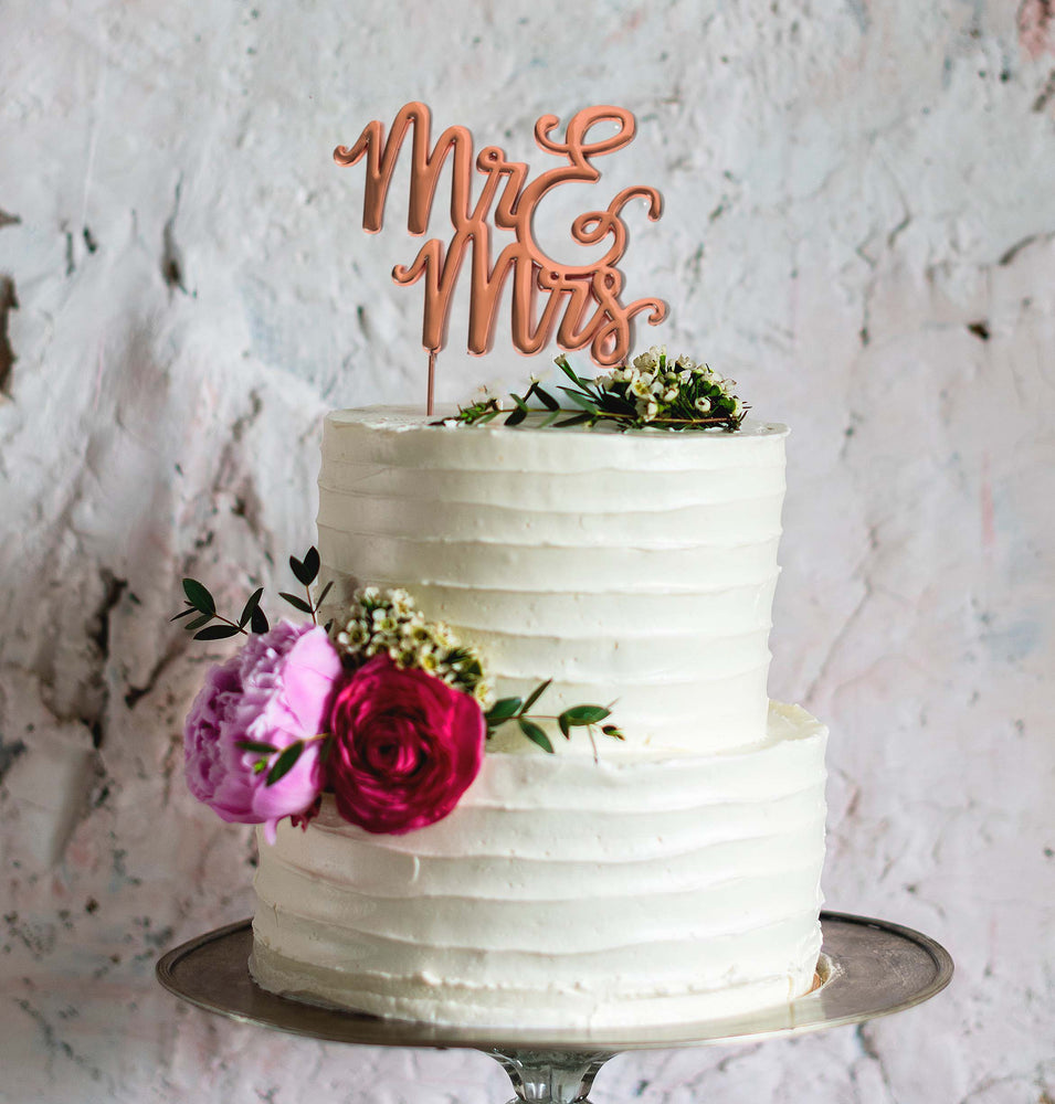 Mr & Mrs Rose Gold Cake Topper on a cake - Create That Cake