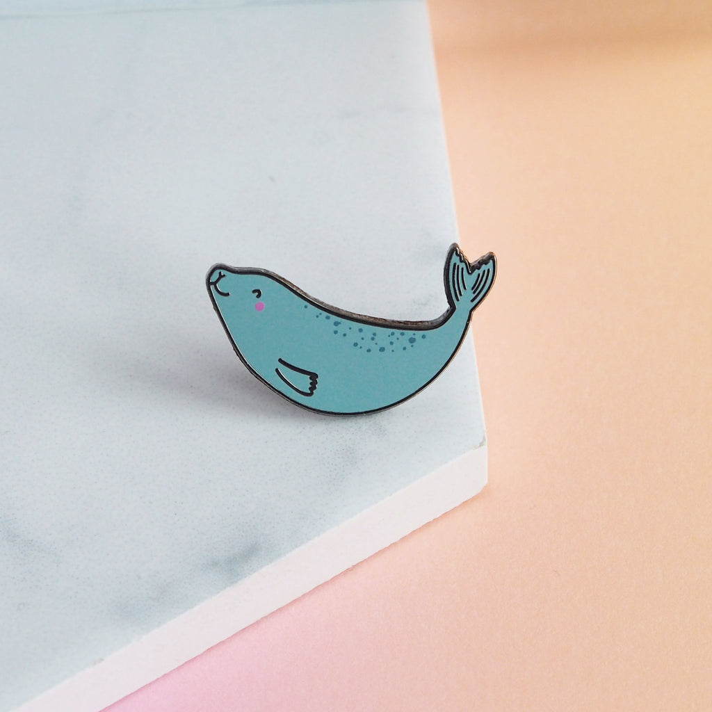 Swimming Seal Pin - Nutmeg and Arlo