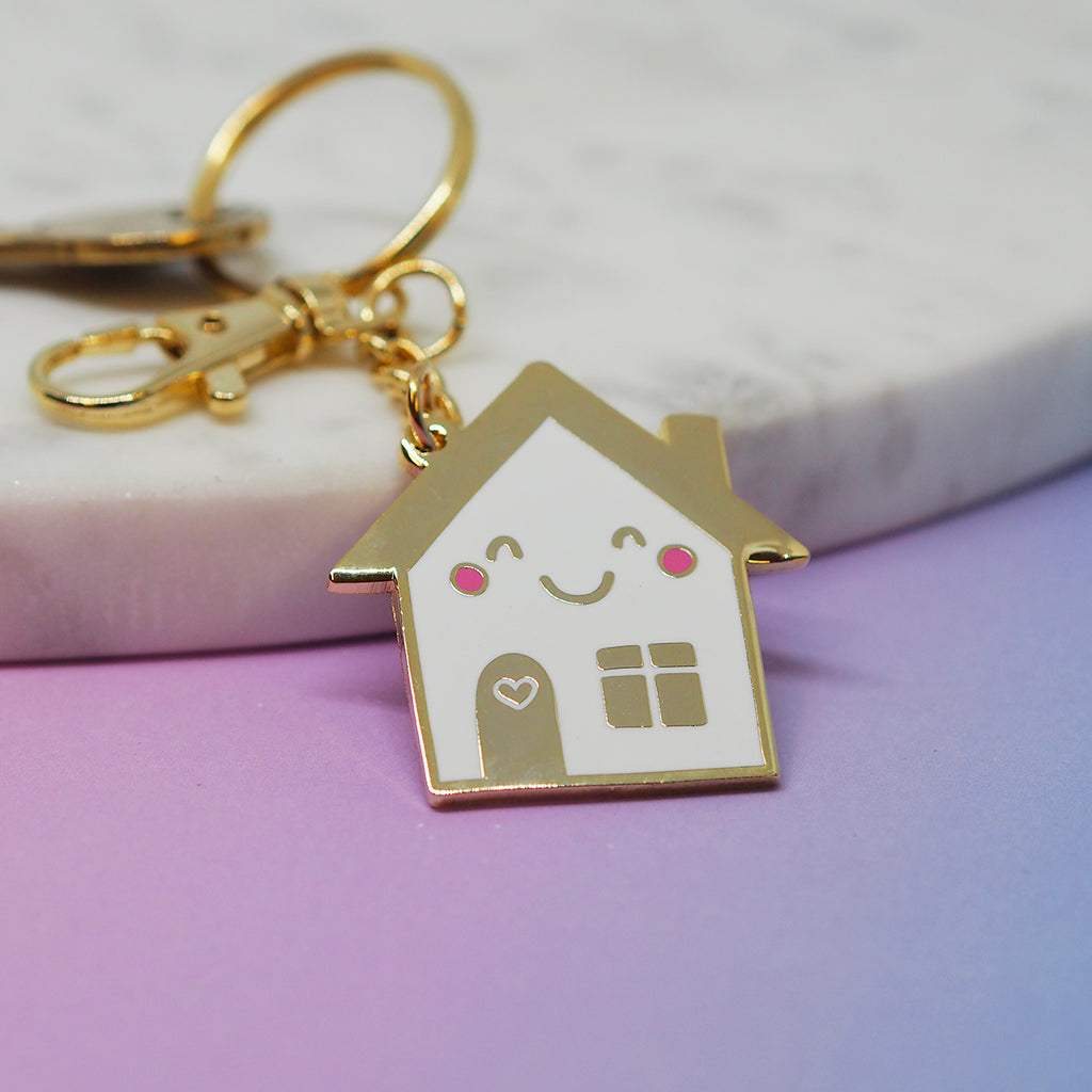 Happy House Keychain - Nutmeg and Arlo