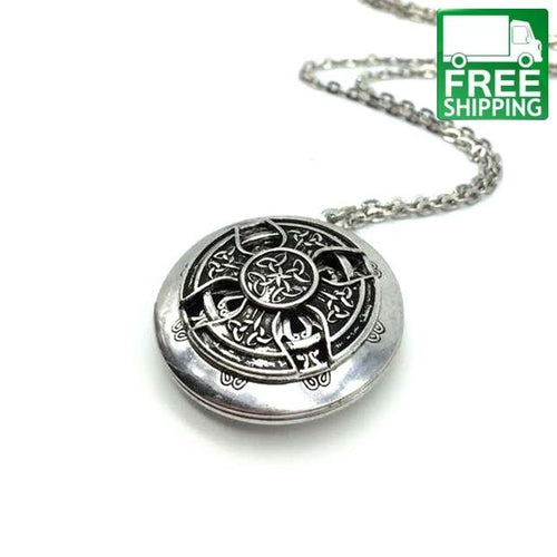 Vintage Aromatherapy Oil Diffuser Locket