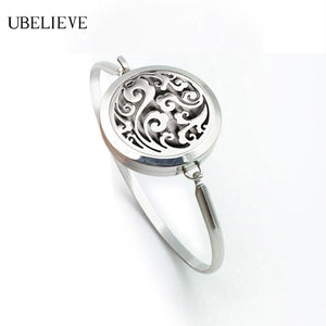 Aromatherapy Bangle with Locket