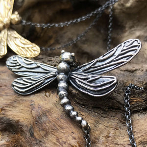 Libellula in argento