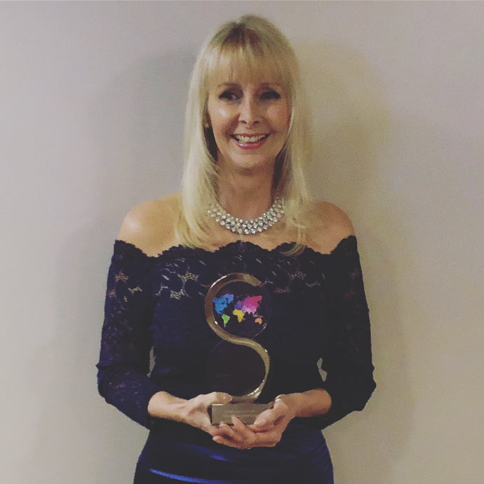 Theresa Pope, Co-Founder of dandi patch, wins Entrepreneur of the Year!