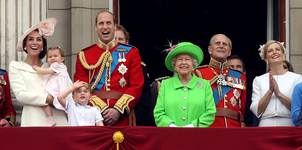 The Queens 90th birthday outfit in bright green.