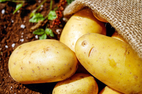 Natural ways to stop sweating - use potatoes