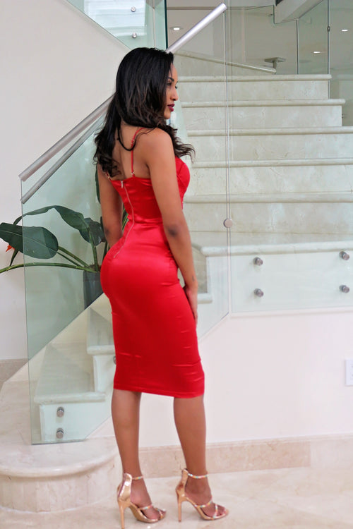 Bold and Sexy Red Midi Dress - Semai House Of fashion