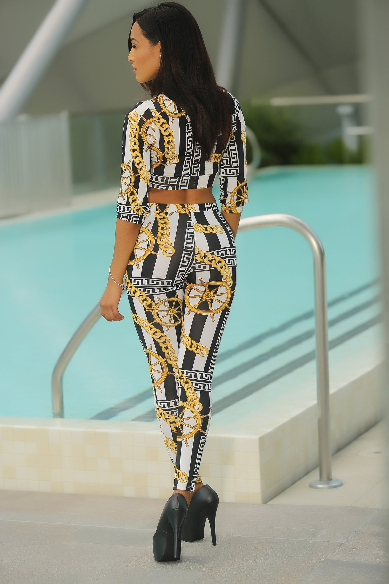 Toya - Off The Chain Pant Set Back