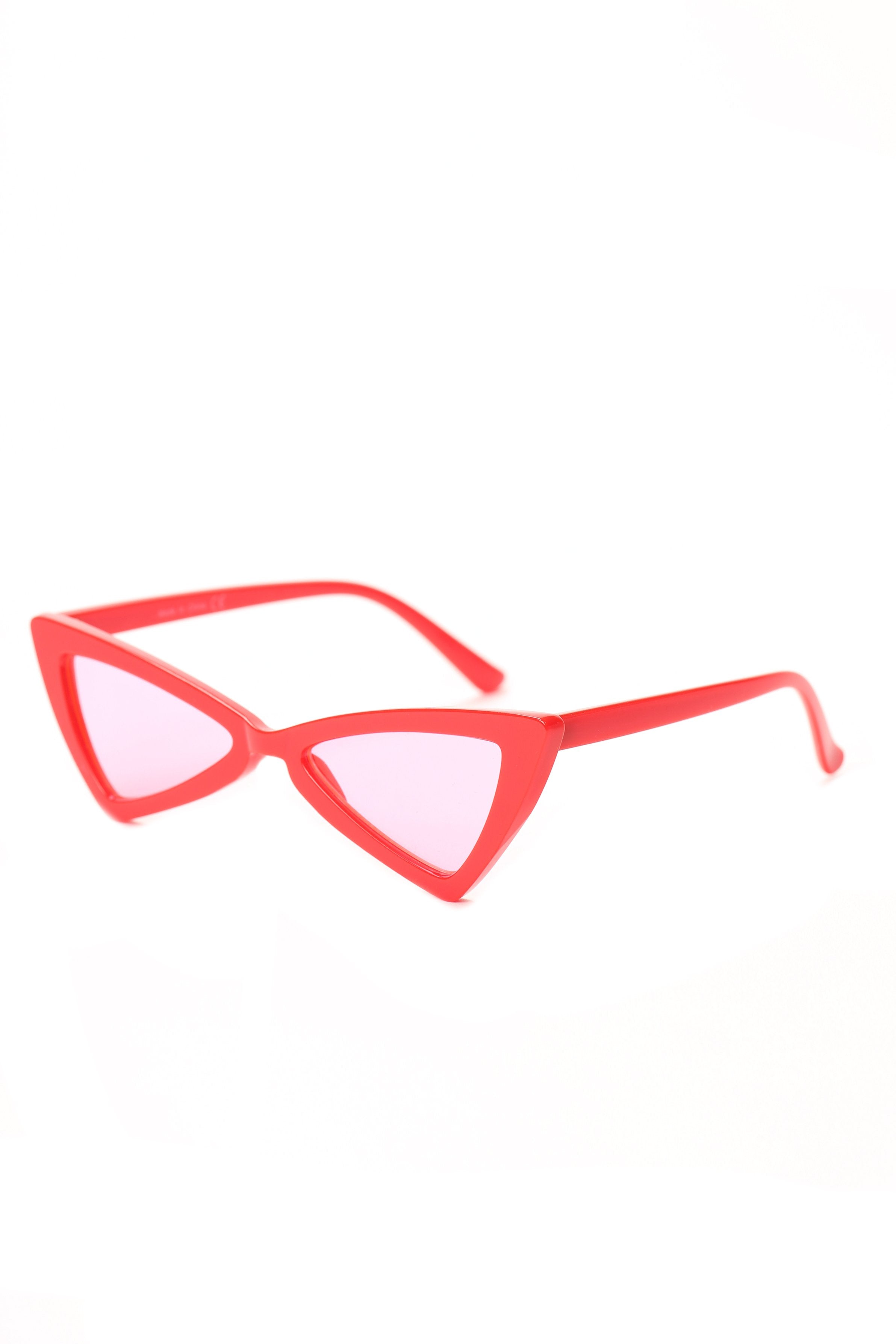 Women's Retro High Pointed Cat Eye Sunglasses - Red Side