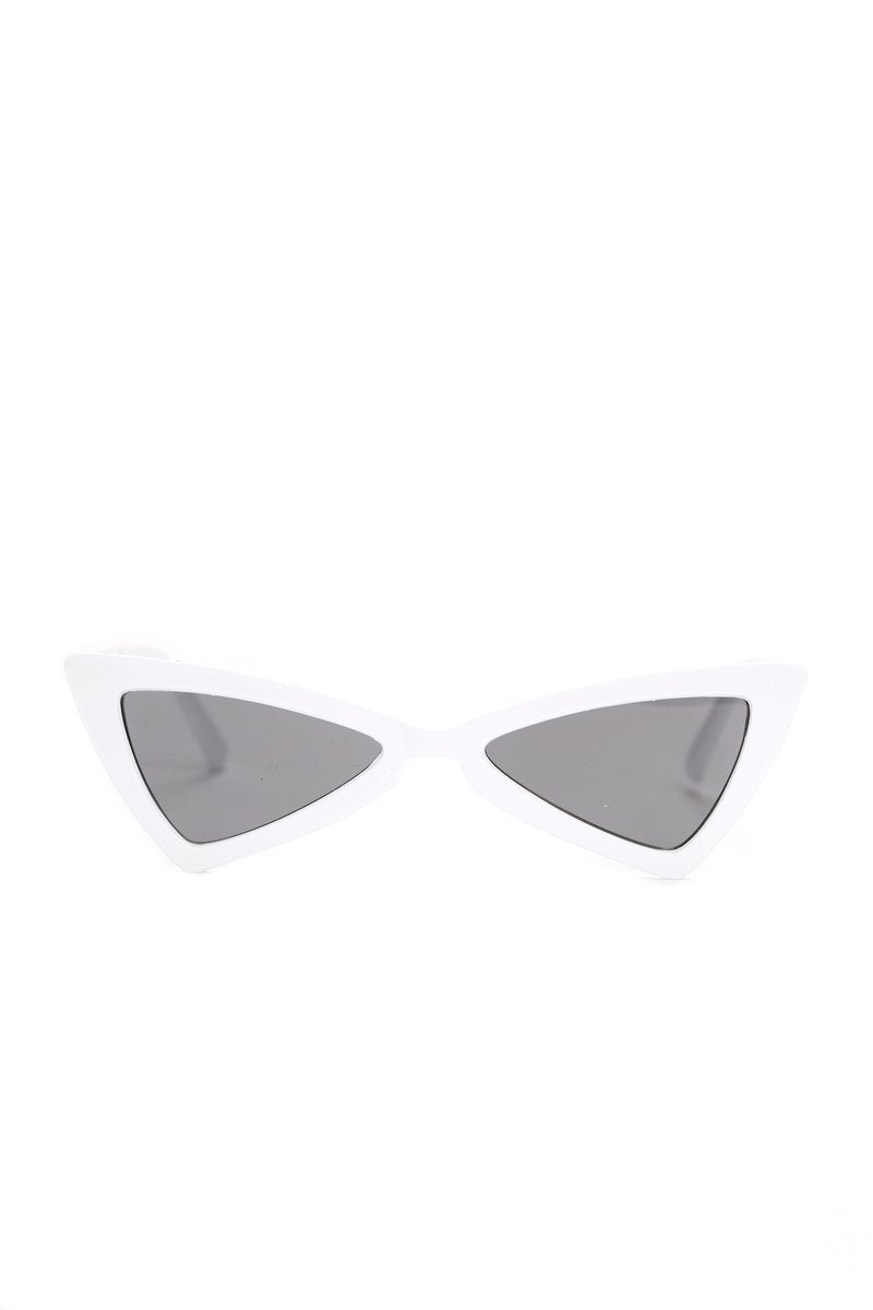 Women's Retro High Pointed Cat Eye Sunglasses - Red
