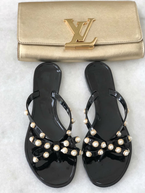 Pearl Studded Flat Sandals - Black - Semai House Of fashion