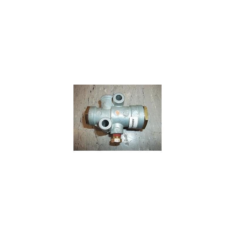 Bendix 101837N Pressure Reducing Valve
