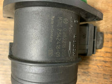 Load image into Gallery viewer, 07-10 MINI COOPER R55 R57 R56 1.6L MASS AIR FLOW METER MAF SENSOR 7542418 OEM