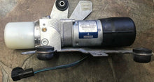 Load image into Gallery viewer, 2005-2008 MINI COOPER CONVERTIBLE R52 ROOF TOP HYDRAULIC PUMP UNIT OEM