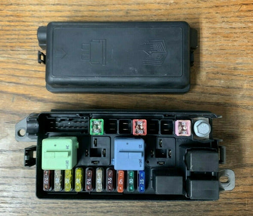 MINI COOPER R56 OEM ENGINE COMPARTMENT FUSE BAR AND RELAY BOX