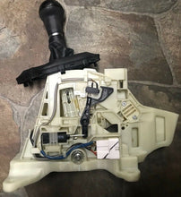 Load image into Gallery viewer, KIA OEM 14-16 Optima Transmission-Gear Shift Shifter Assy 467004C400