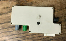 Load image into Gallery viewer, 2010 MINI COOPER R57 CONVERTIBLE ANTENNA AMP AMPLIFIER MODULE 21367510 OEM