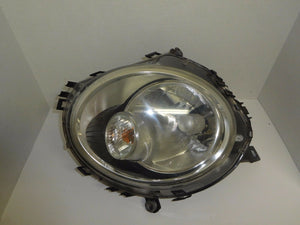 2007 MINI COOPER HATCH BACK LEFT SIDE HALOGEN HEAD LIGHT WITH WHITE TURN SIGNAL