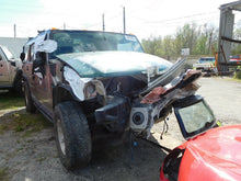 Load image into Gallery viewer, 2003 Hummer H2 6.0L 4L65 AWD Automatic Transmission TESTED OEM