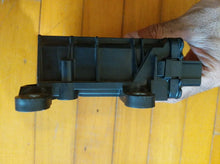 Load image into Gallery viewer, JEEP WRANGLER JK OEM OCCUPANT RESTRAINT SRS MODULE