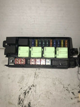 Load image into Gallery viewer, 05-06 BMW MINI COOPER Engine Motor Bay Fuse Box Relay Junction Center 6906614-04