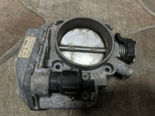 Load image into Gallery viewer, 96 97 98 99 Mercedes r129 w140 w210 S SL CL E Fuel Throttle Body Unit Assembly