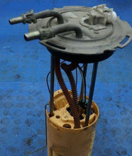 Load image into Gallery viewer, 2003 HUMMER H2 SUV Fuel Pump Sender Assembly Gas Fuel Pump OEM 19180102