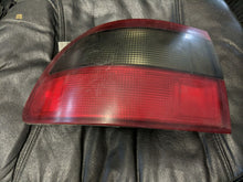 Load image into Gallery viewer, 1992 1993 1994 1995 Honda HONDA CIVIC Tail Light Assembly Left