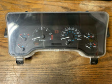 Load image into Gallery viewer, 1997-2000 JEEP WRANGLER TJ 4.0 4X4 MT SPEEDOMENTER, CLUSTER P56009170AE OEM