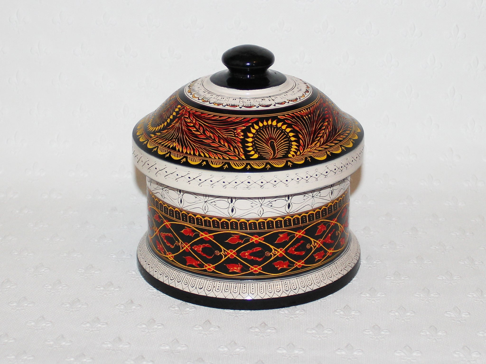 Lacquer pots - multi-colour with domed lid, 2 sizes