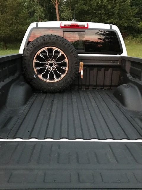 Colorado Canyon Bed Mounted Spare Tire Carrier 589
