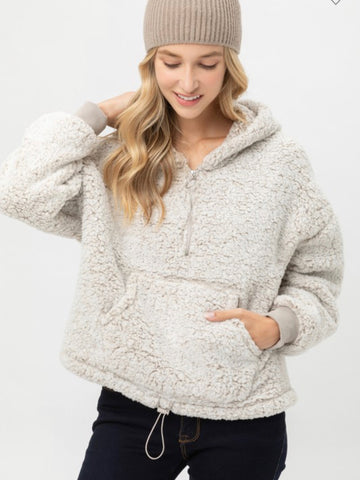 Tay Fuzzy Hooded Pullover Sand